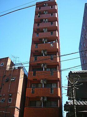 マンション(建物一部)-横浜市神奈川区神奈川2丁目 タイル張りの綺麗な外装です。
