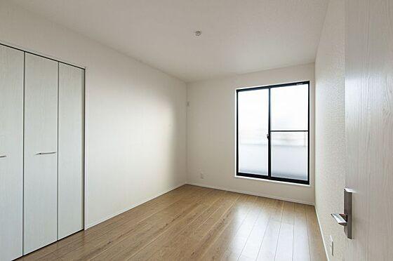 戸建賃貸-西尾市住吉町2丁目 収納完備でお部屋を広く使用できます(同仕様)