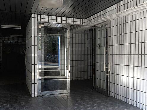 マンション(建物一部)-中野区松が丘1丁目 エントランス