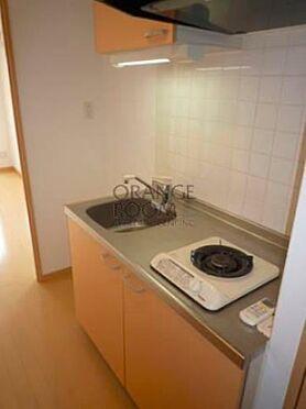 マンション(建物一部)-板橋区宮本町 広めのキッチンスペースです。