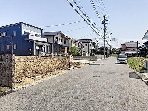 戸建賃貸-半田市新池町2丁目 間口約7m以上!毎日の駐車も安心です♪