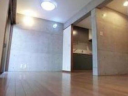 マンション(建物全部)-世田谷区弦巻5丁目 居間