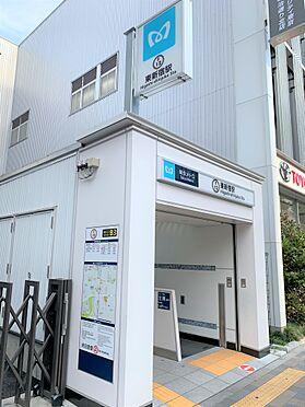 中古マンション-新宿区新宿7丁目 最寄駅「東新宿」駅徒歩2分ですので、通勤にも嬉しい距離です。