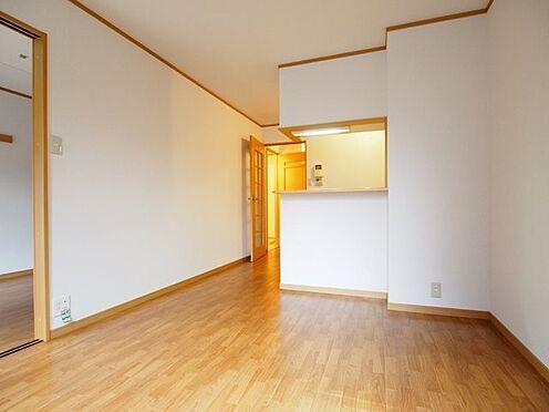 アパート-直方市大字感田 103号室リビング