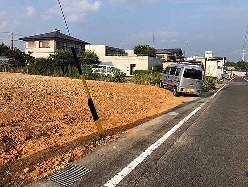 新築一戸建て-豊田市永覚新町1丁目 前面道路幅員約6m。毎日の駐車も安心です。
