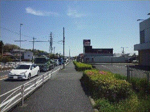 店舗(建物全部)-伊勢原市大住台1丁目 前面道路