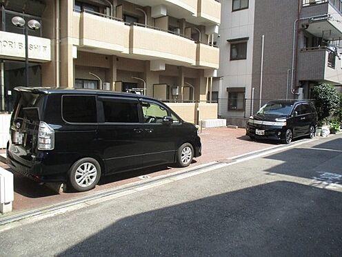 中古マンション-大阪市東成区東中本2丁目 駐車場裏側です
