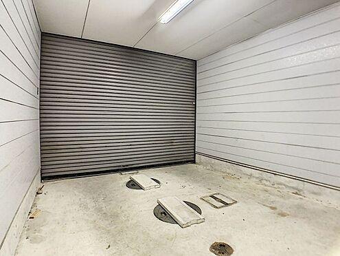 戸建賃貸-一宮市花池2丁目 車庫付きの駐車場!雨の日も安心で、車をきれいな状態に保つことが可能です!