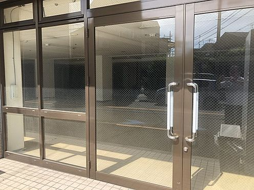 マンション(建物全部)-世田谷区中町4丁目 管理体制が良く保たれているエントランスです