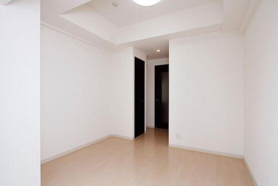 区分マンション-神戸市兵庫区大開通3丁目 洋室 このお部屋は左右反転です