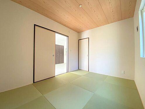 中古一戸建て-日進市岩崎町野田 リビングに隣接した便利な和室です。