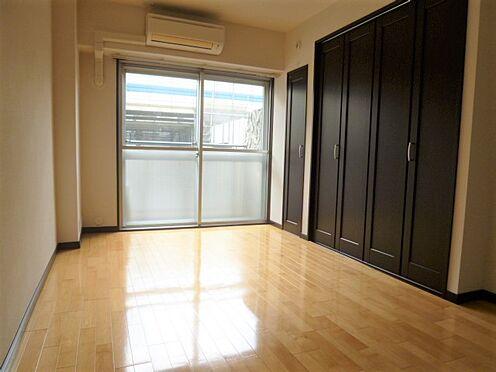 マンション(建物一部)-港区六本木5丁目 約6畳の洋室