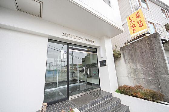 マンション(建物一部)-八王子市長沼町 また日野市にも近く、バス便も数多く出ておりますので、学生〜社会人、幅広い年齢層の方に人気のエリアです。