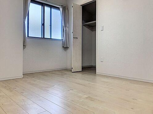 中古一戸建て-半田市亀崎高根町2丁目 各居室に収納スペースがございます