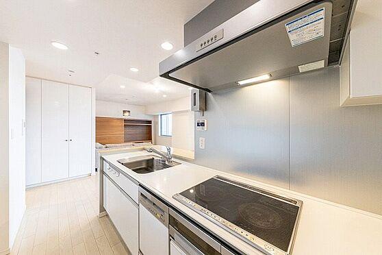 中古マンション-江東区東雲1丁目 ゆったりとしたシステムキッチン。オール電化です。