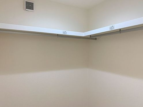 新築一戸建て-西尾市伊藤2丁目 季節ごとの入れ替え不要、頼もしいWIC。全居室に収納完備。ゆとりが持てる豊富な収納スペース。