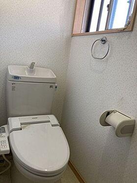 中古一戸建て-豊田市桝塚西町 2階にもトイレがございますので、階段を降りなくてもお使いいただけます!