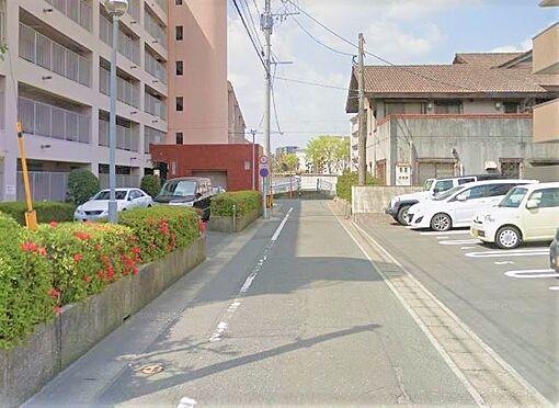 区分マンション-福岡市城南区別府5丁目 前面道路写真。