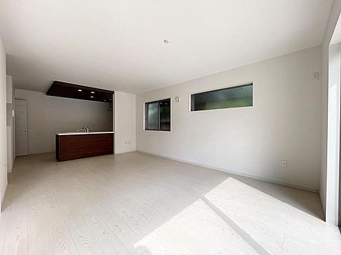 戸建賃貸-名古屋市中川区万場2丁目 新生活に対応できる団らん・家事・仕事も心地よい空間。 リモートワークなどにも対応できるお家。