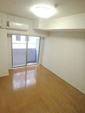 マンション(建物一部)-中央区新川2丁目 居間