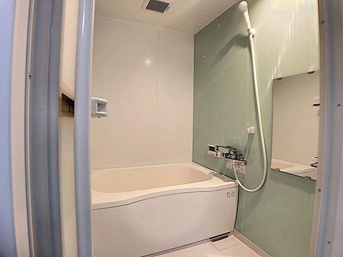 区分マンション-名古屋市西区鳥見町3丁目 一日の疲れがとれる広々浴槽!