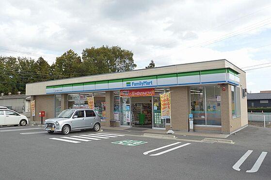 アパート-いなべ市大安町平塚 コンビニまで徒歩圏内。24時間いつでも便利。