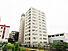 SRC造りの11階建て7階部分。現在賃貸中。年間賃料696、000円。表面利回り8%。