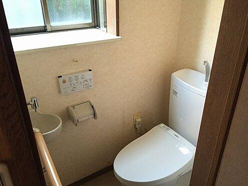 戸建賃貸-横須賀市上町4丁目 【トイレ】 2階建てのトイレ ※募集当時の写真です。現況と異なる場合がありますが現況優先とします。