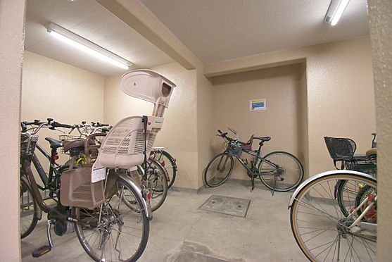区分マンション-港区三田3丁目 建物内自転車置き場(無償)
