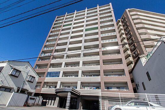 マンション(建物一部)-本庄市駅南1丁目 駅徒歩4分の好立地の築浅マンション。コンビニやスーパーも近く利便性が高く、12階角部屋という眺望の良さも相まって資産価値を保ちやすいマンションです。