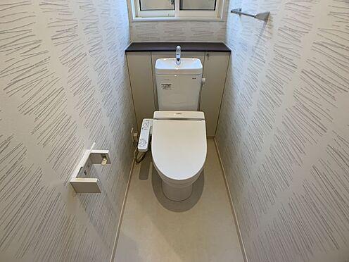 中古一戸建て-豊田市鴛鴨町下高根 センスのある壁紙です!トイレがお洒落だとお客様にも自慢できますね♪