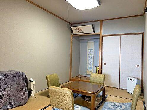 中古マンション-伊東市川奈  〔和室〕6帖の和室です。収納と床の間もございます。