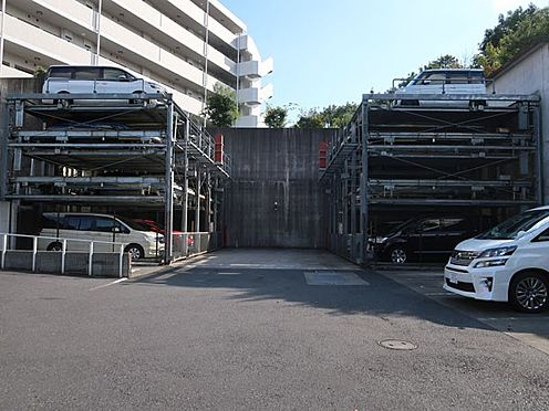 中古マンション-多摩市貝取2丁目 駐車場部分(全居住者様分あり)