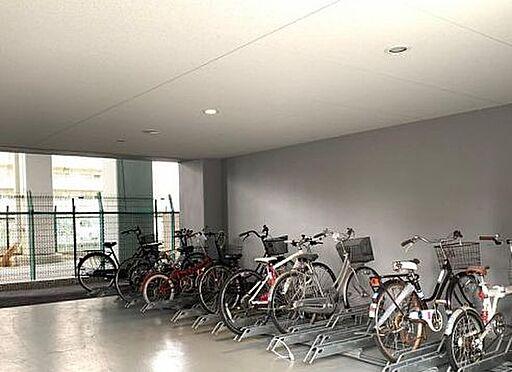 マンション(建物一部)-大阪市浪速区下寺3丁目 屋根のある駐輪場あり