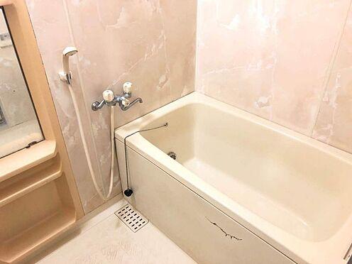 中古マンション-豊田市豊栄町3丁目 1日の疲れを癒すバスルーム。足を伸ばしてくつろいでくださいね。