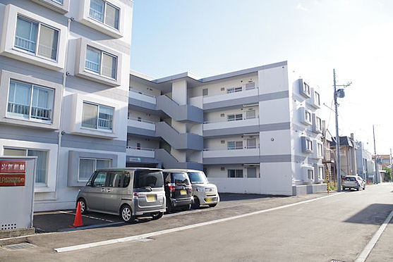 マンション(建物全部)-札幌市豊平区月寒西三条7丁目 前面道路