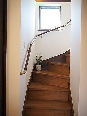 新築一戸建て-八王子市堀之内2丁目 3階への階段