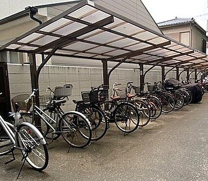 区分マンション-大阪市生野区林寺2丁目 屋根付きの駐輪スペース