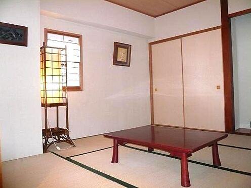 中古マンション-田方郡函南町平井 リビングダイニングと併設する和室