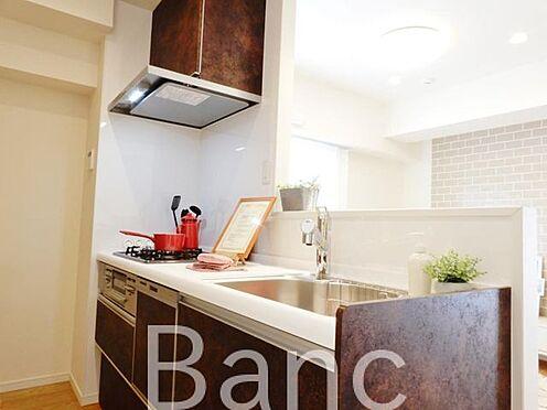 中古マンション-品川区東品川3丁目 調理に便利なシステムキッチンです。
