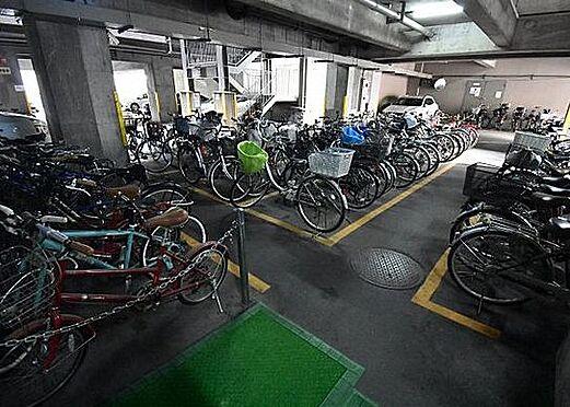 マンション(建物一部)-大阪市北区同心1丁目 屋内に駐輪場あり