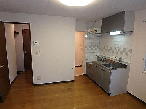 アパート-札幌市豊平区平岸三条16丁目 居間