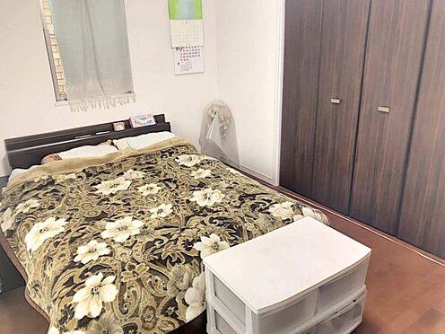 戸建賃貸-名古屋市千種区内山1丁目 洋室は3部屋!各居室に収納ございます。どこを自分のお部屋にするか、わくわくします♪