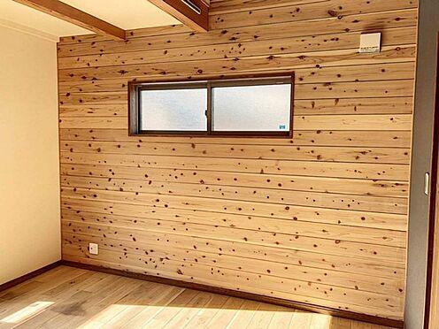 戸建賃貸-知多郡東浦町大字森岡字山之神 暖かい雰囲気の洋室!寝室としても子供部屋としても使用可能!