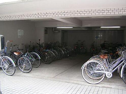 マンション(建物一部)-京都市上京区姥ケ北町 広い駐輪場