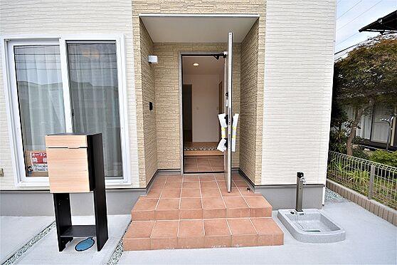 新築一戸建て-仙台市泉区向陽台5丁目 玄関