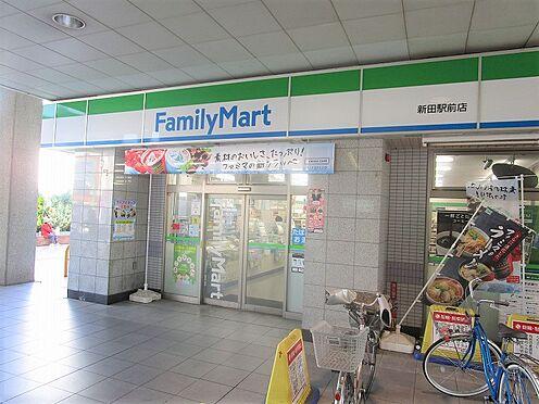 アパート-草加市八幡町 駅構内にコンビニがあり便利
