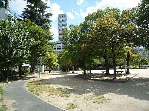 中古マンション-大阪市中央区鎗屋町2丁目 【公園】中大江公園まで413m