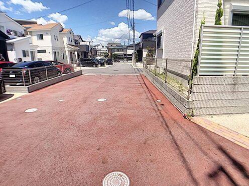 戸建賃貸-豊田市柿本町6丁目 こちらは前面道路の様子です。