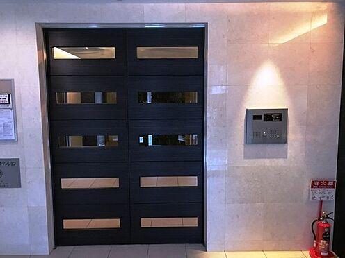 マンション(建物一部)-大阪市淀川区木川東3丁目 防犯性に配慮された玄関口